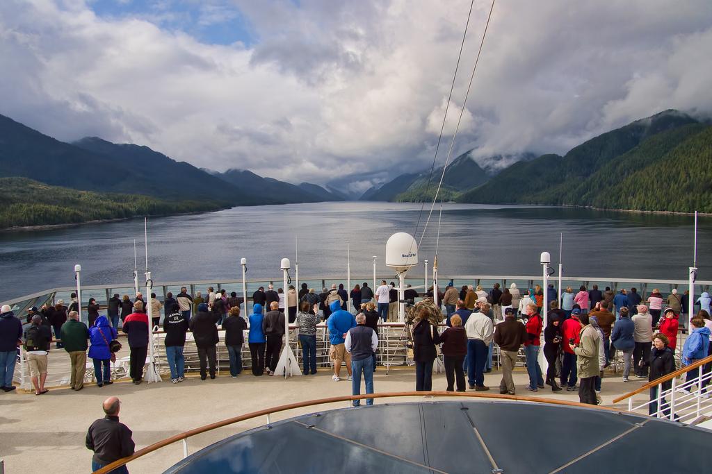 Vessel details for: CELEBRITY EQUINOX (Passenger Ship ...