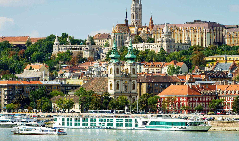 CRUCEROS FLUVIALES DANUBIO BUDAPEST CRUCEROS BUDAPEST CRUCEROS FLUVIALES DANUBE RIVER CRUISES BUDAPEST HUNGARY VIATGES CREUERS BIDAIAK CRUCEROS CROCIERE DANUBIO #Danubio #Budapest #DanubeCruises #RiverCruises #CrucerosDanubio #Bidaiak #Viatges #Creuers #Viajes