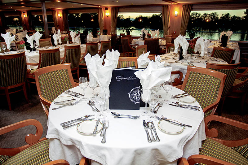 CRUCEROS FLUVIALES RIVER DISCOVERY II POLITOURS CRUCEROS DE NAVIDAD CRUCEROS MERCADILLOS DE NAVIDAD CRUCEROS MERCADILLOS NAVIDEÑOS