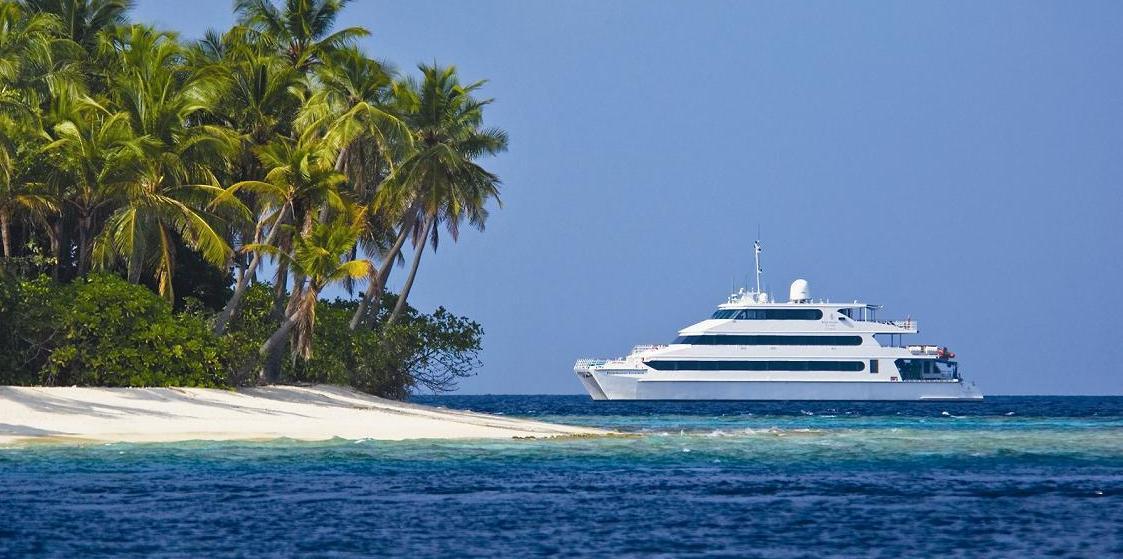 Crucero de lujo maravillas de maldivas en catamar n de for Hoteles super lujo maldivas