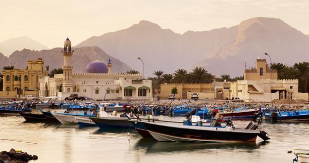 CRUCEROS EMIRATOS ARABES OMAN KHASAB CRUCEROS MAR ROJO CRUCEROS ARABIA DUBAI