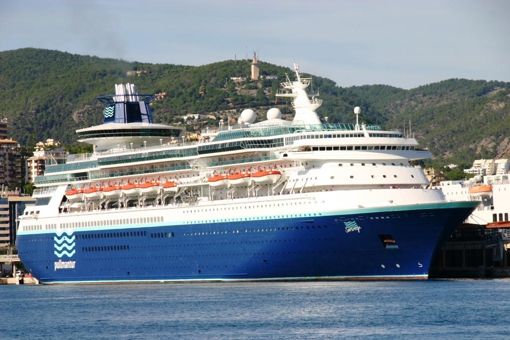 Resultado de imagen de crucero sovereign pullmantur
